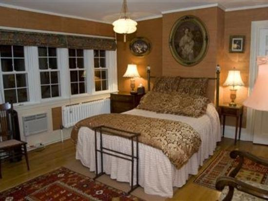 Melange Bed and Breakfast: Guest Room (OpenTravel Alliance - Guest room)