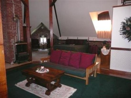 Squiers Manor B&B: Other Hotel Services/Amenities