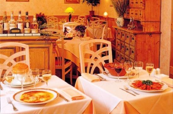 Minotel Hotel Le Grand Noble : Restaurant