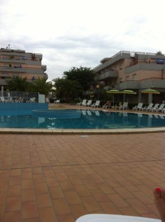 spiaggia - Bild von Residence Hotel Le Terrazze, Grottammare ...
