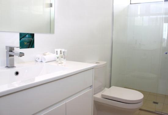 Quest Portland: Bathroom