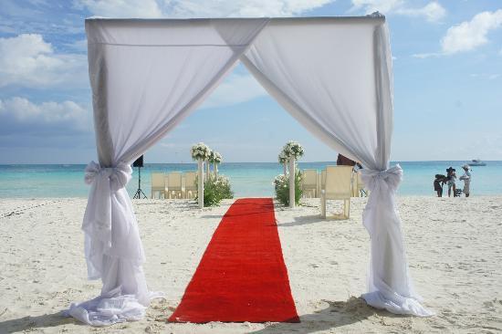 White Beach: wedding preps