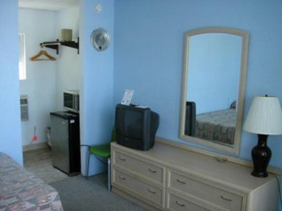 Tropicana Motel: Tropicana Room Pic