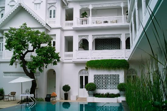 Ping Nakara Boutique Hotel & Spa: Rear side - Pool & Entertainment Area
