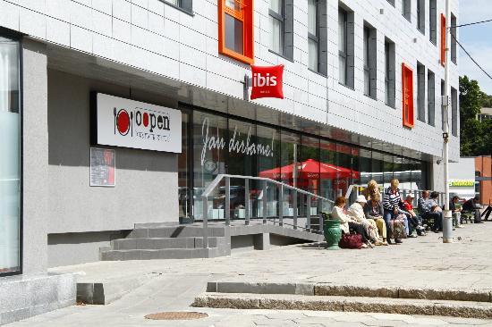 Ibis Kaunas Centre: Oopen! Restaurant by Ibis