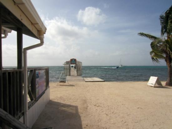 SunBreeze Hotel: Dive Shop and pier