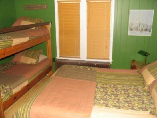 Steinhoff's Sportsmans Inn: Other Hotel Services/Amenities