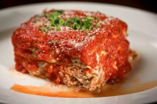 Vinnie's Neighborhood Italian: Lasagna