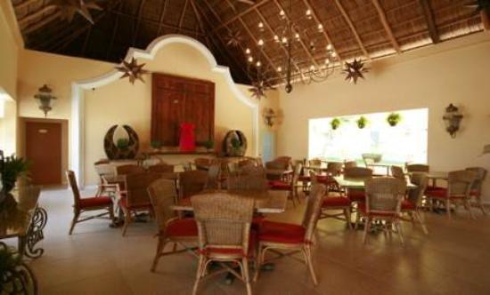 Hotel Zar Nuevo Vallarta: Restaurant