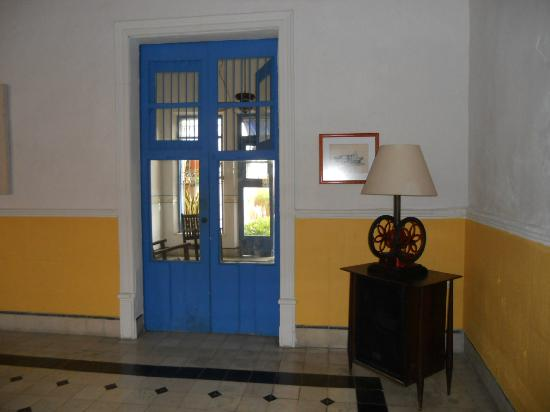 Las Arecas: Entry Way