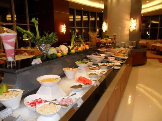 Concorde Hotel Fujairah: Buffet