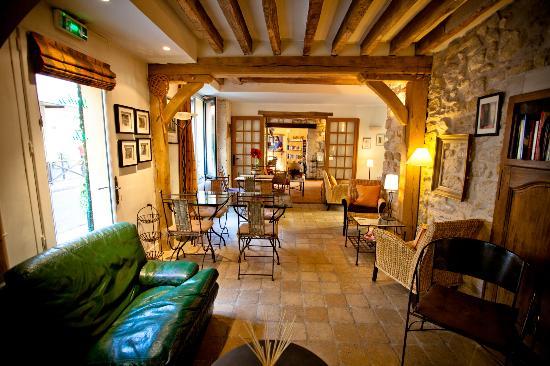 Hotel de la Tulipe Tour Eiffel: salon piano