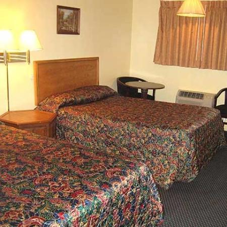 Guest House Motel Chanute: Bed