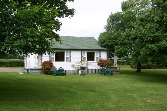 Lakeview Lodge & Cottages: Cottage #1 and #2