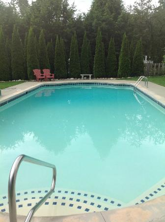 Toll Road Inn: Pool