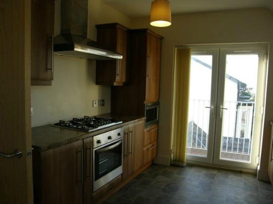 The Shelbourne Apartments : Apartment 3 Kitchen with Balcony Doors