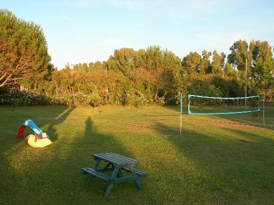 Agriturismo La Genziana: Spazi verdi per rilassarsi