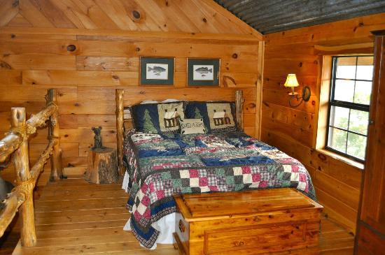 Pappy's Paradise Bed & Breakfast: Loft Bedroom