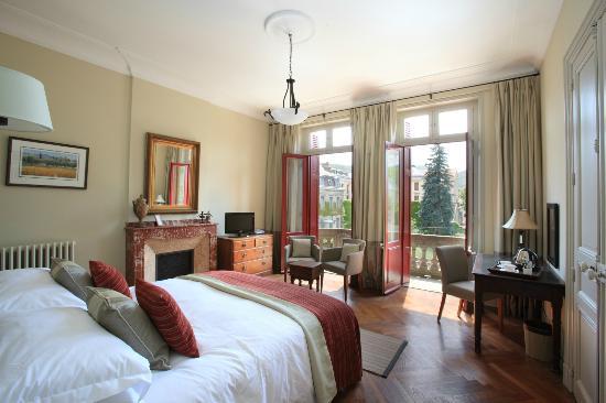 La Villa De Mazamet: Superior Bedroom With Balcony