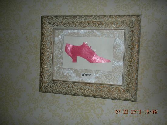 Benjamin Young Inn: Rose Room Tag