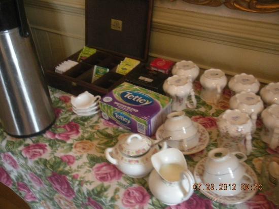 Benjamin Young Inn: Tea Options