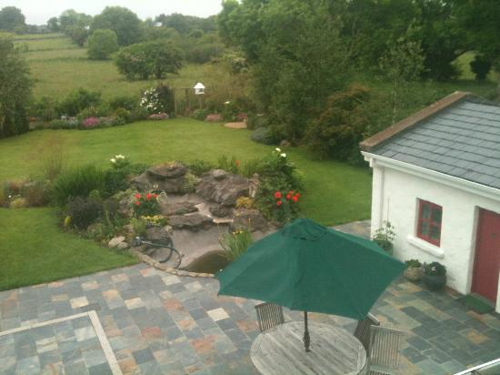 Tullyvrick Bed & Breakfast: terrace