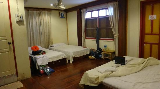 Xayana Guesthouse: 4x room