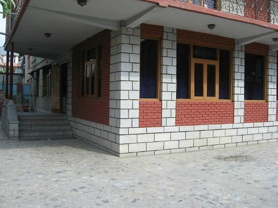 Hotel Gul-e-Anar