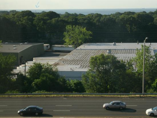 Best Western Executive Hotel Of New Haven-West Haven: View of ocean, lighthouse, expressway, and warehouse