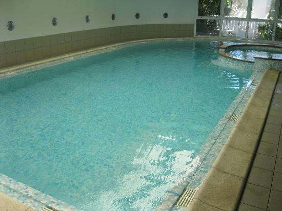 Le Robinson: piscine