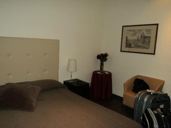 B&B Castro Pretorio: chambre délicatement décorée