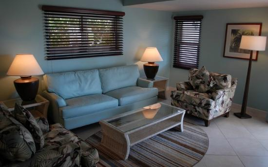 Trade Winds Hotel: Lounge in Executive Suite Ocean View