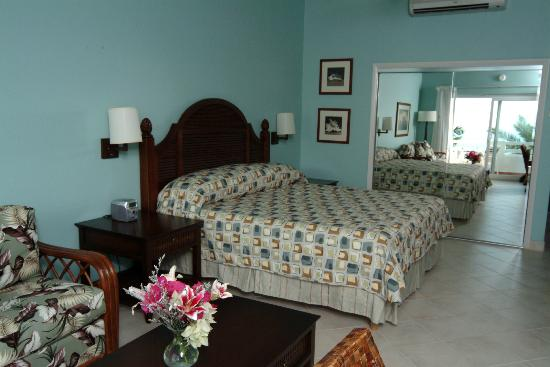 Trade Winds Hotel: Interior of Junior Suite Ocean View