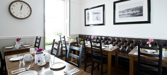 27 The Terrace: Breakfast Room