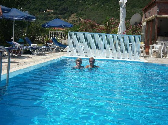 Katelios Studios: me an mum in pool