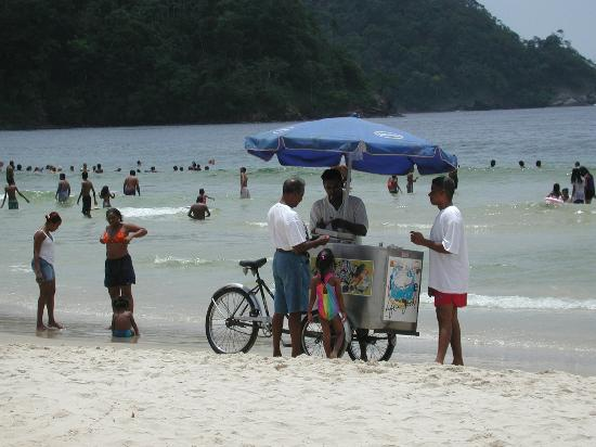 Maracas Bay : Ice cream on the beach...how bad is that?