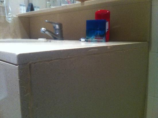 Rosamar & Spa: bathroom sink
