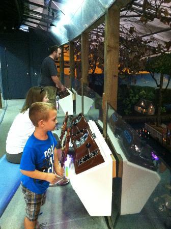Castle Fun Park : Boat racing