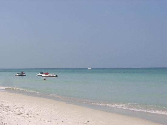 Tortuga Beach Resort: Rent a jet ski right on the beach