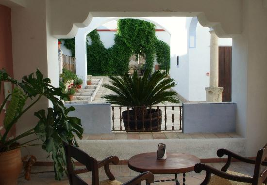 Hacienda Minerva: El porche de la 10...