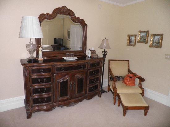 Oak Hill on Love Lane Bed & Breakfast : Our Suite!