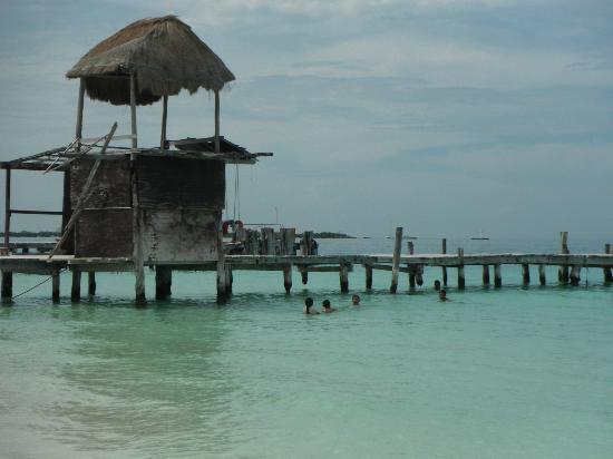 Playa Norte: Calm swimming pool white sand baeches