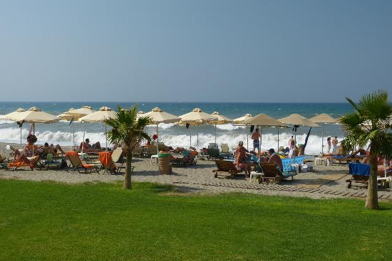 Minoa Palace Resort: Hotel-Beach
