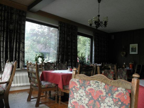 Pension Garni Waldrast: Dining Room