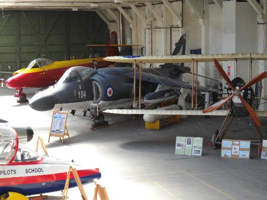 Salisbúria, UK: Some of the unique aircraft on display