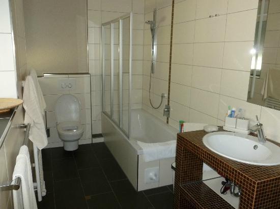 Villa Diana Zadar: Bathroom