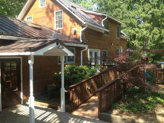 Goldberry Woods Bed & Breakfast Cottages 사진