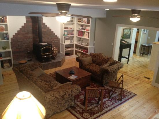 Goldberry Woods Bed & Breakfast Cottages: The Great Room--the spot for games and evening wine/snacks