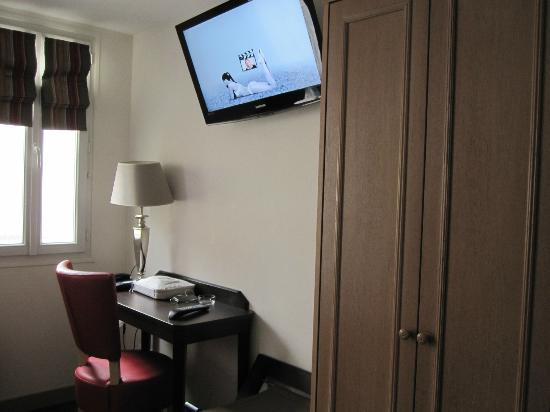 Hotel Little Regina: New flat-screen TV