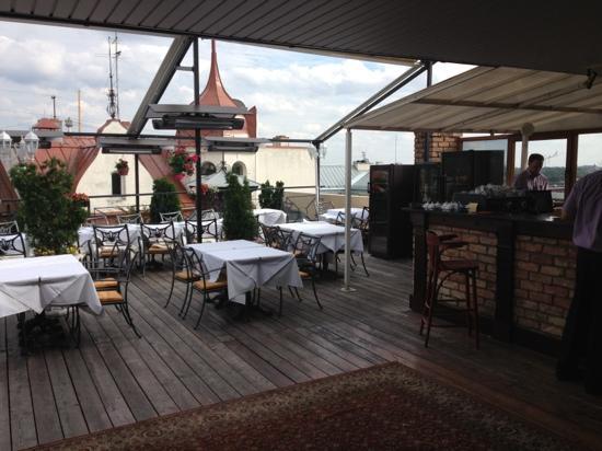 Palete: Roof of Riga
